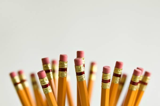 Lápis: os erros de português mais comuns no mundo do trabalho
