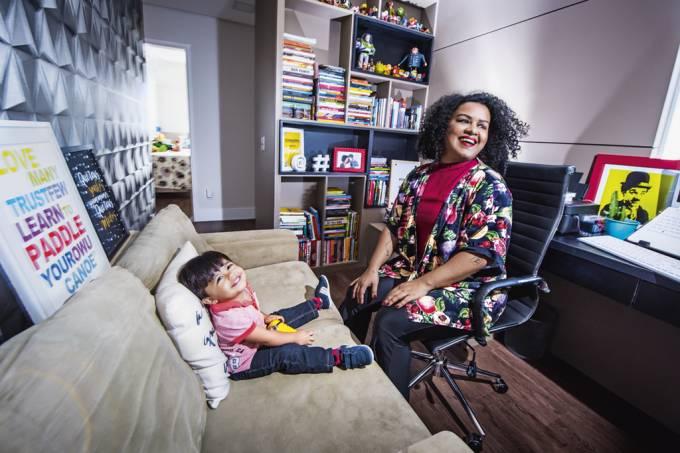 Nathana Lacerda com o filho BentoFoto: Germano Lüders30/07/2019