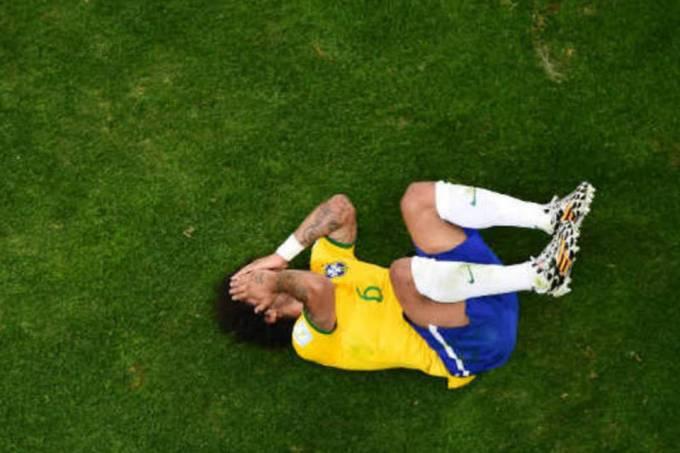 size_960_16_9_marcelo-se-desespera-no-jogo-entre-brasil-e-alemanha-na-copa-do-mundo.jpg