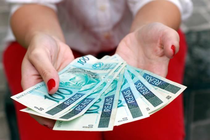 Trabalhadores com redução de salário e jornada vão receber 13º integral