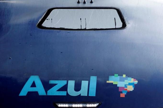 Logo da companhia aérea Azul, em Campinas, no Estado de São Paulo