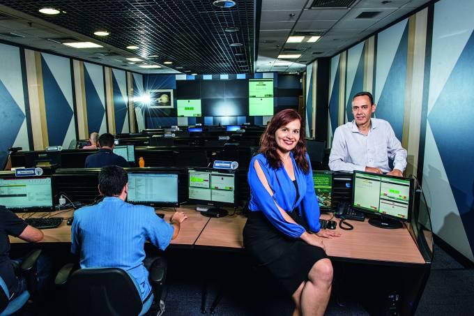 Izabel Branco e Paulo Naliato, diretores da Via Varejo.