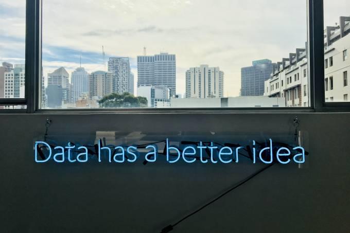janela letreiro ideias ciência de dados