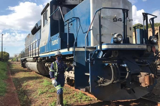 Gisele Silva manobradora de trens da Rumo